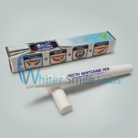 Portable Teeth Whitening Pen. Perfect for quick FAST touch-ups